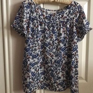 Ladies pullover floral blouse